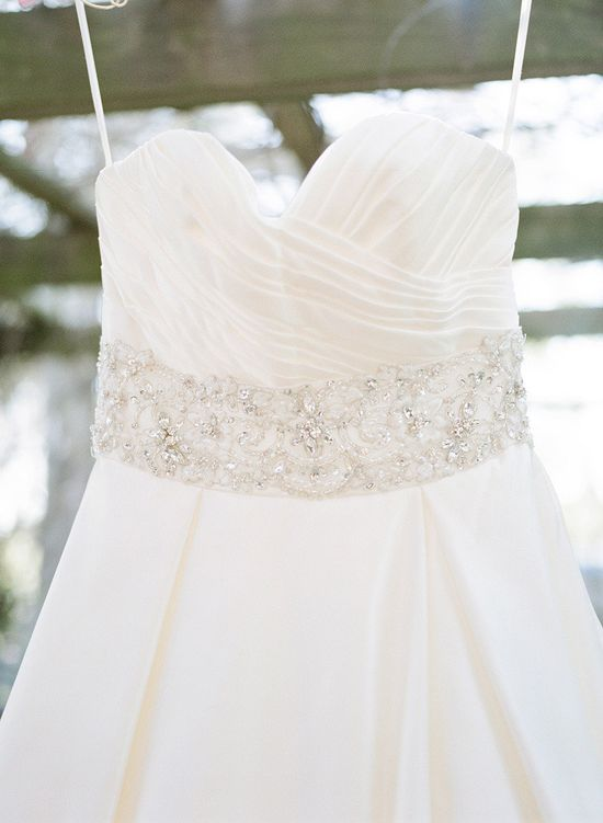 A Texas Garden Vow Renewal From Krystle Akin Photoghraphy  Read more - www.stylemepretty...