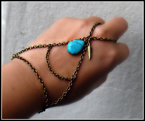 Vintage triangle slave bracelet