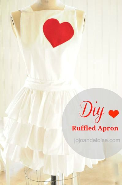 DIY Ruffled Apron Tutorial...the picture does not do this justice, this apron is so pretty with all it's ruffles, and it looks so easy to make, love it!