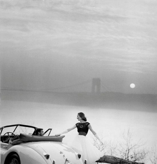 Romance and the moon appear. #car #vintage #fashion #1950s
