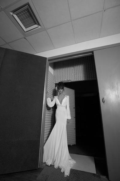 long sleeved wedding dress inbal dror