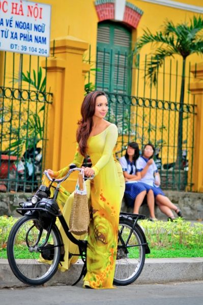 I love in Yellow! I really like this one a lot!