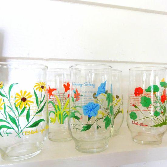 Vintage flower drinking glasses ~ colorful...