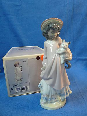 RETIRED LLADRO PORCELAIN MY NEW PET GIRL WITH CAT BLACK LEGACY FIGURINE 5549 BOX