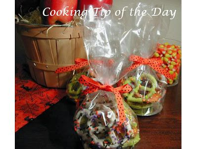 Cooking Tip of the Day: Chocolate Covered Halloween Pretzels