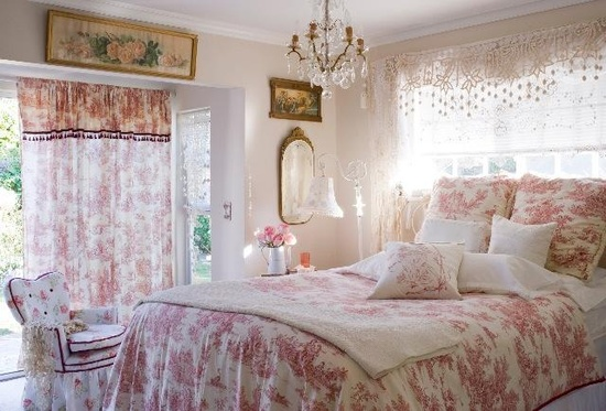 Bedroom featured in the Autumn 2012 Romantic Country (from French at Heart)