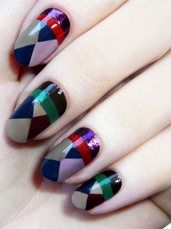 geometric color block nails.