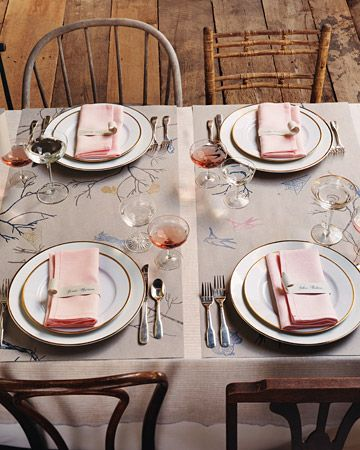 illustrated table mats + mixed chairs #wedding