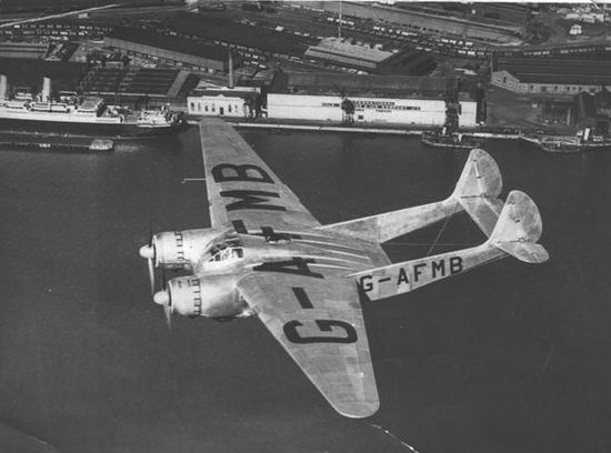 """OA-1 """"Clyde Clipper"""" designed by Vincent Burnelli in 1937. A 20ft wide """"lifting"""" fuselage was used to reduce drag."""