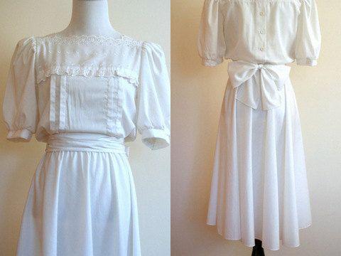 Vintage country wedding dress / eyelet lace cotton midi dress. $165.00, via Etsy.