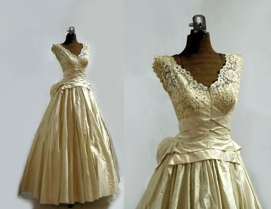 1950s Wedding Dress/ Designer / Antiqued Silk Wedding Dress / Bust 32 / Couture / Princess. $198.00, via Etsy.