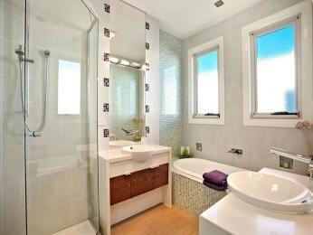 bathroom 11 imageshaven.com/...