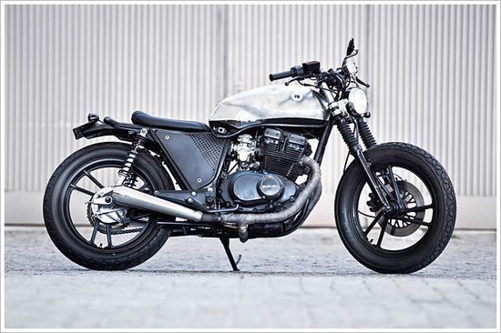 "1987 Suzuki GSX400 S ""DentedBrat"" - Pipeburn - Purveyors of Classic Motorcycles, Cafe Racers & Custom motorbikes"
