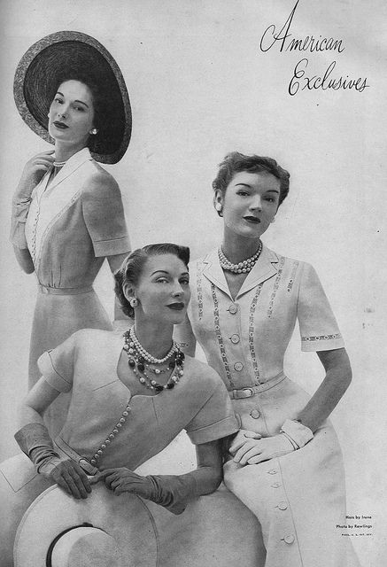 Why yes, we are ravishingly lovely, thank you for noticing. #vintage #1940s #fashion #summer #dress