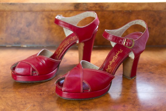 Cherry red 1940s high heel sandals. #vintage #shoes #fashion