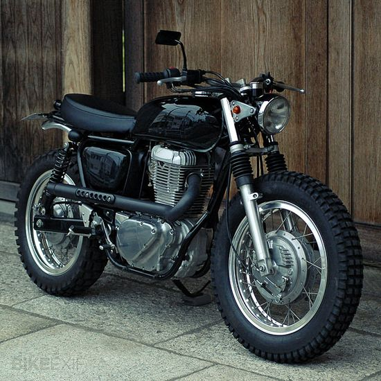 A beautifully simple cafe racer