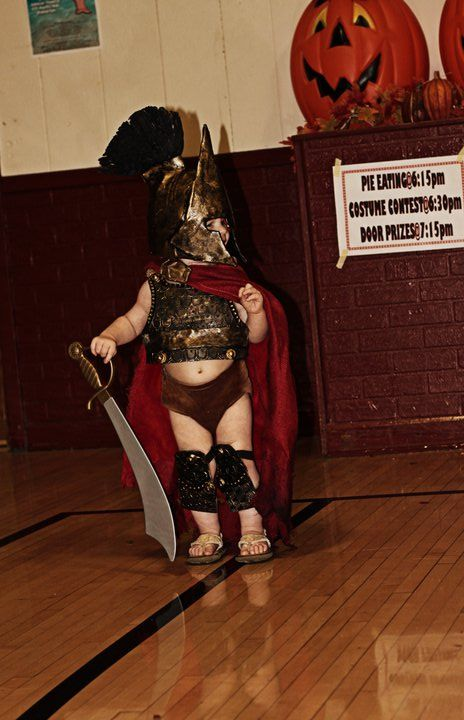 King Leonidas from '300'  Dollar Store Crafts » Blog Archive » 25 Best Geeky Handmade Costumes