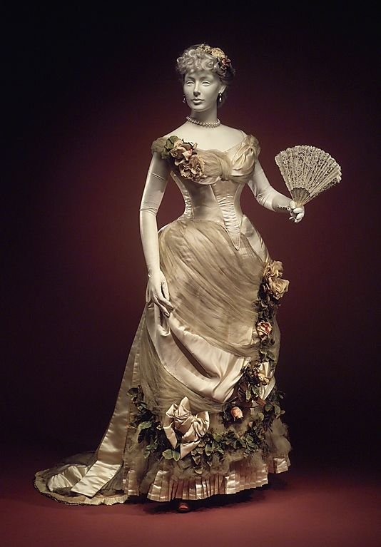 Victorian Dress, Evening  House of Worth  (French, 1858–1956)  Designer: Charles Frederick Worth (French (born England), Bourne 1825–1895 Paris) Date: ca. 1890 Culture: French   Brooklyn Museum Costume Collection at The Metropolitan Museum of Art, Gift of the Brooklyn Museum, 2009; Gift of the Princess Viggo in accordance with the wishes of the Misses Hewitt, 1931