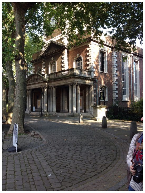 G&A Travel Guide - London - Islington