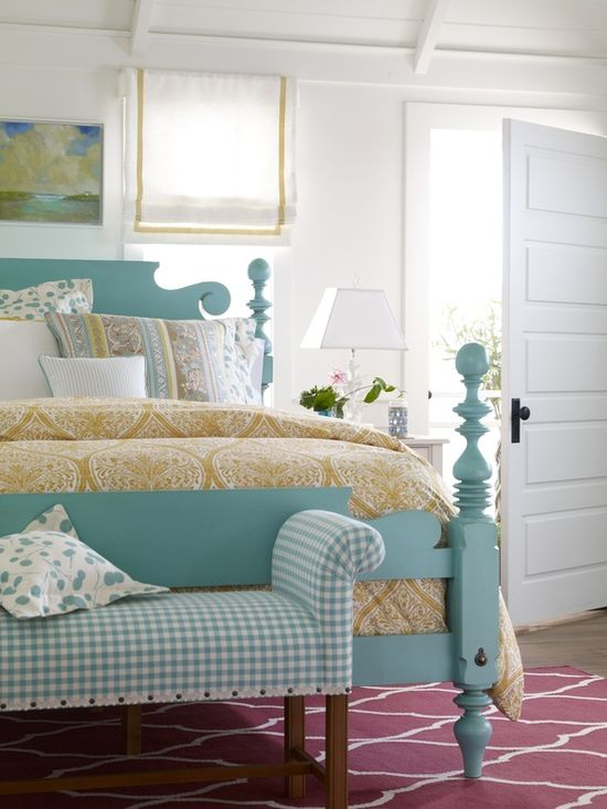 Beautiful colors for a bedroom.