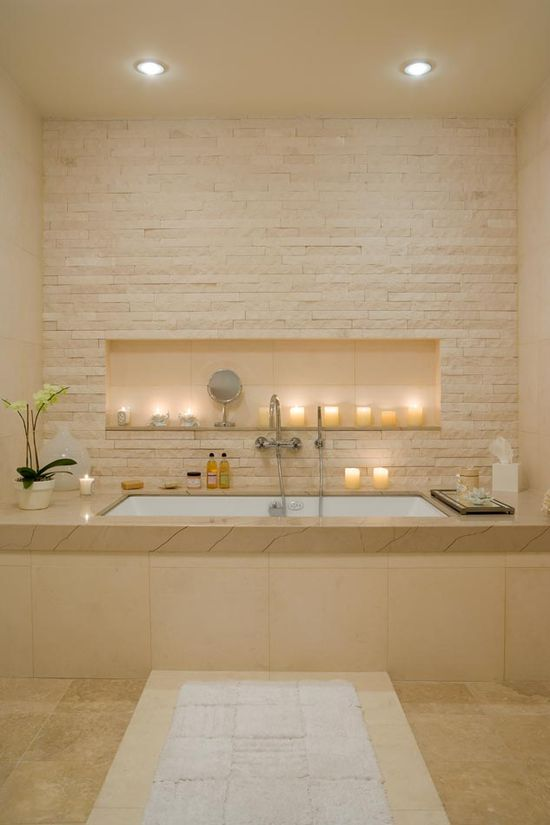stunning pale stone bathroom ? - I would love to have a stone wall like this in the living room behind the tv