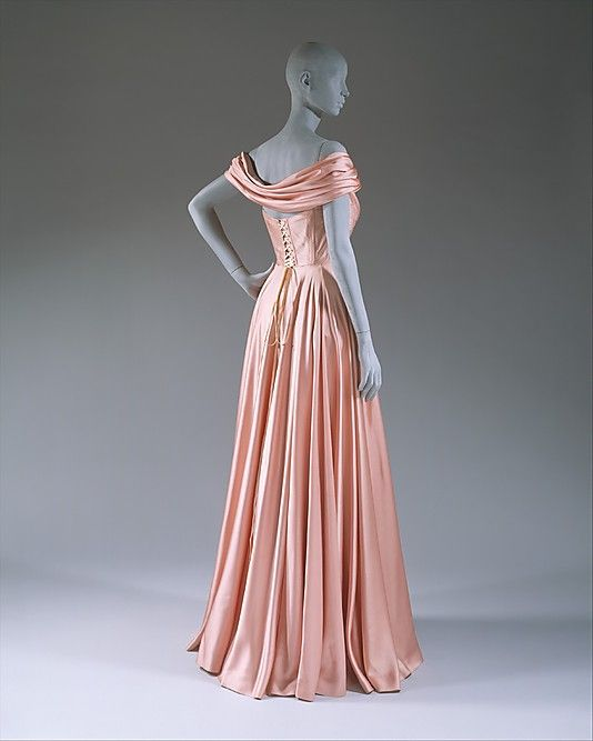 The Metropolitan Museum of Art - Evening dress
