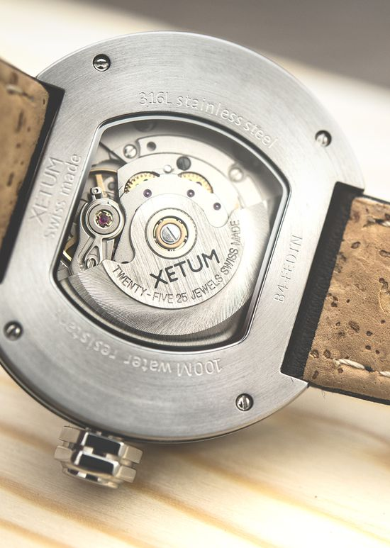 Xetum Men's Watch: Stinson Case Back and Cork Lined Leather Strap