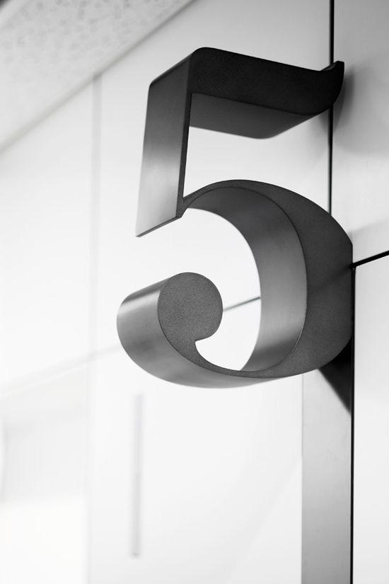 Hiromura Design office | jebiga | #officedesign #ideas #office #sign #signage #5 #design #jebiga