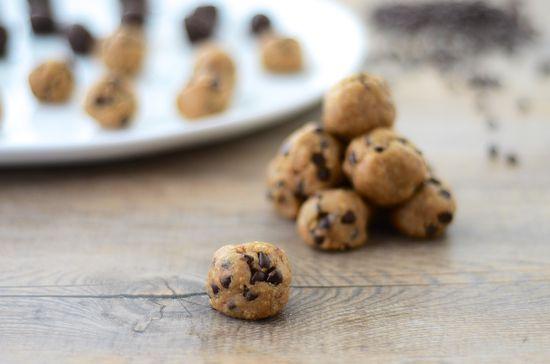Healthy Vegan Cookie Dough Bites