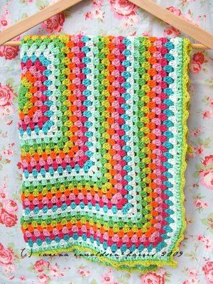 Lovely colors crochet blanket - I'd love to be able to make this!!