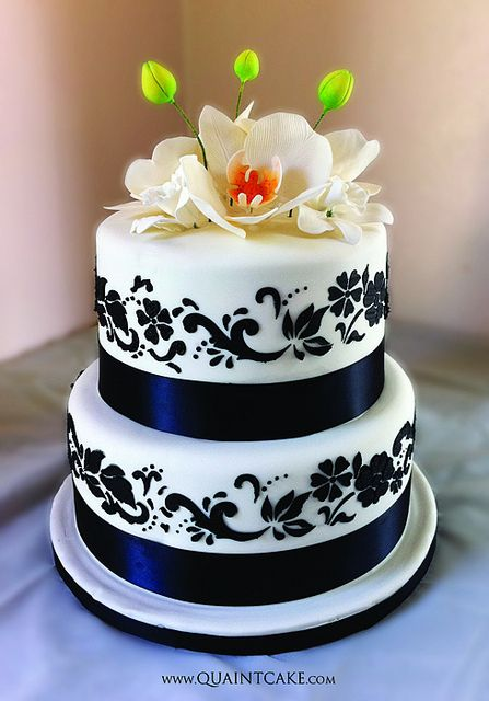 Wedding Cake by quaintcake, via Flickr