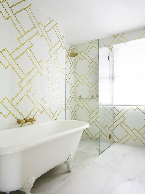 Friday Design Finds (FDF): White Bathrooms