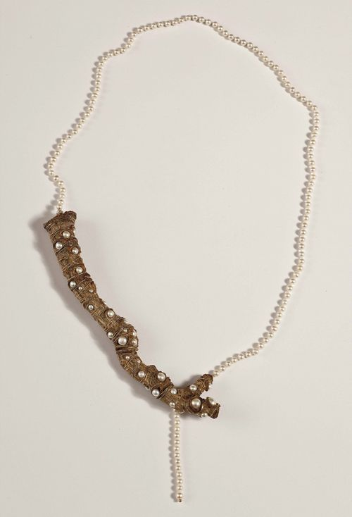 Dania Chelminsky  Necklace: Branches 2013  Wood, pearls, gf  19x19x4 cm