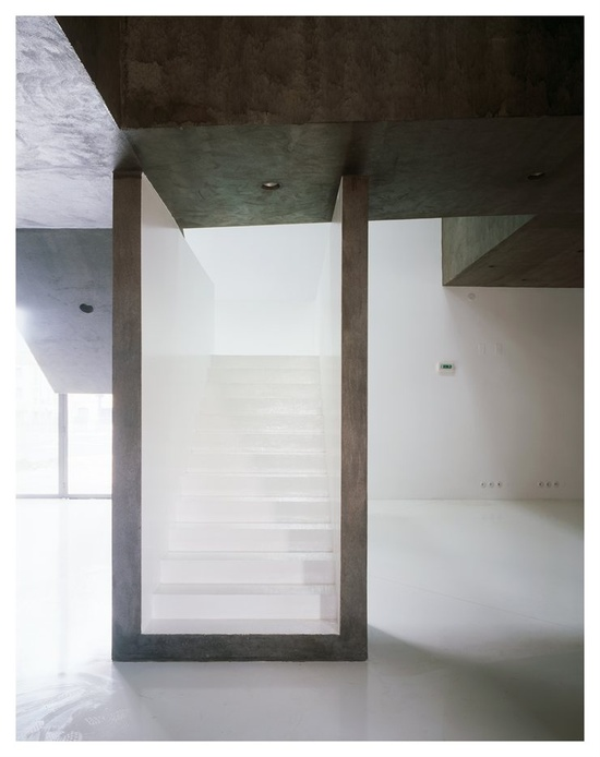 Casa dos cubos, Tomar, 2006 by Embaixada #architecture #design #portugal #house #stair