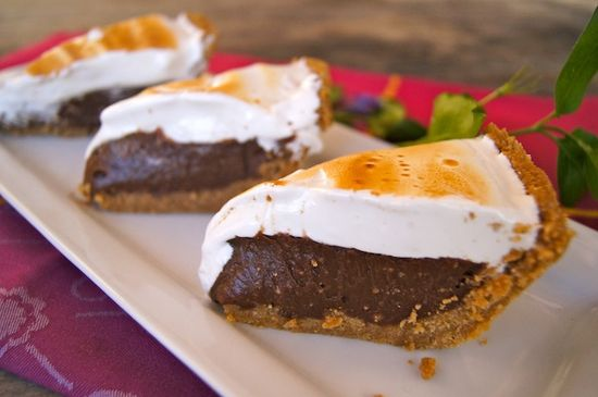 Peanut Butter S'mores Meringue Pie