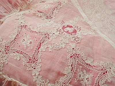 exquisite pink lace coverlet..shabby chic!