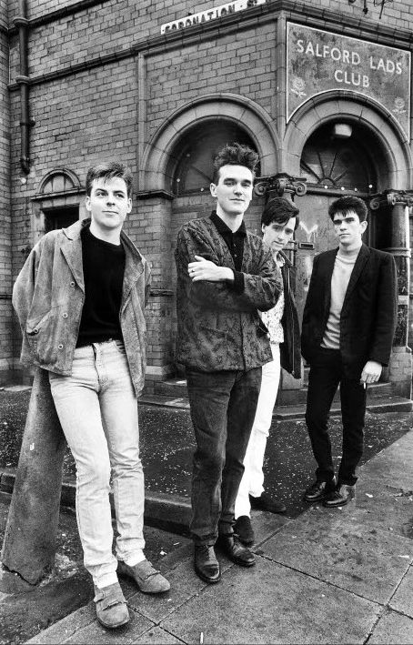 The Smiths outside Salford Lad's Club - Retronaut