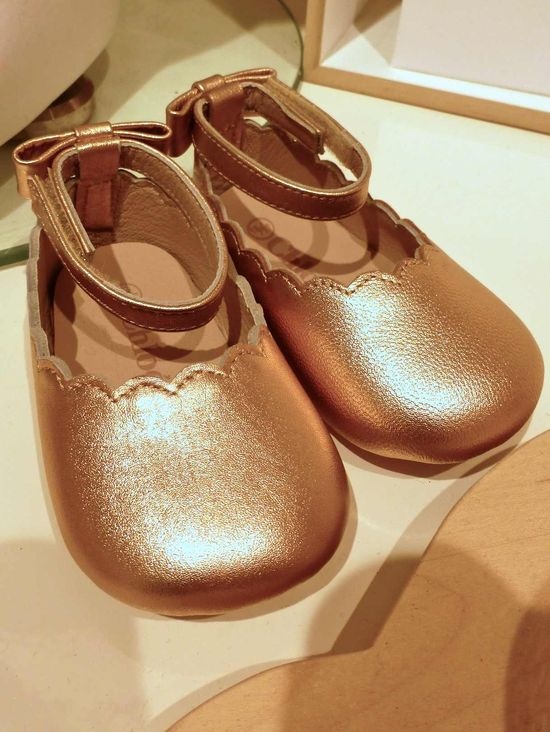 Adorable girls shoes by Chloe