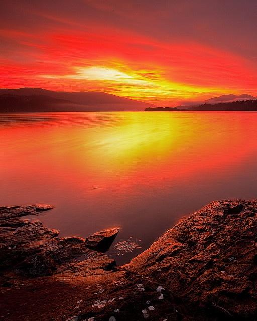 ? Columbia River Sunrise - Oregon