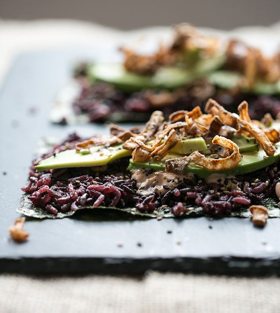 spicy avocado + crunchy shallot nori wraps // what's cooking good looking