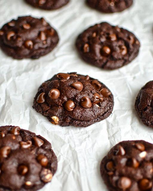 Flourless Brownie Cookies