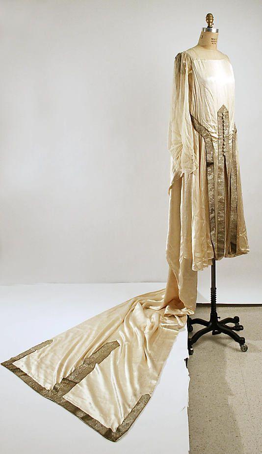 Wedding dress (1925)