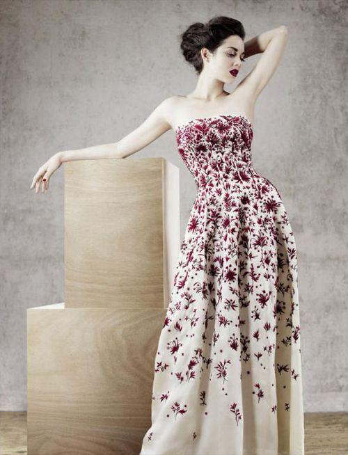 suicideblonde:    Marion Cotillard photographed by Jean-Baptiste Mondino for Dior