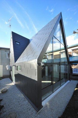ASH House, Hokkaido, Japan by I.R.A.