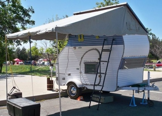 a fun list of their favorite teardrops and vintage travel trailers