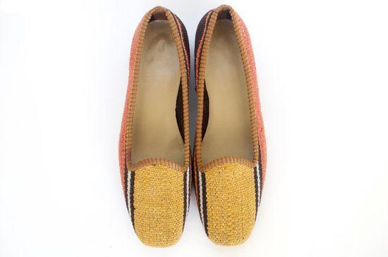 Kilim shoes. US size 5 EU size 36 by kilims on Etsy, €96.00