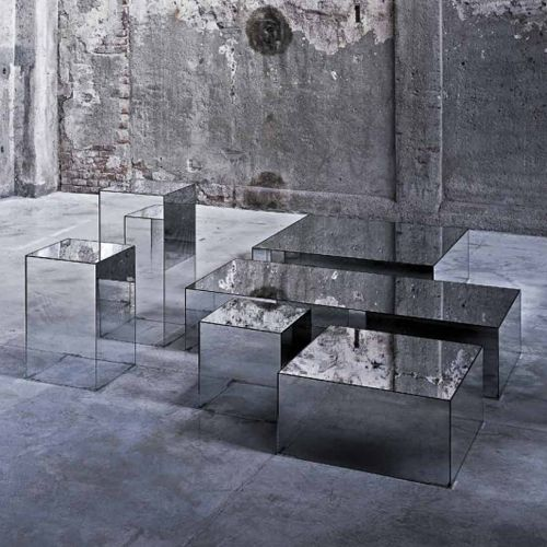 mirrored accent tables. love! ?