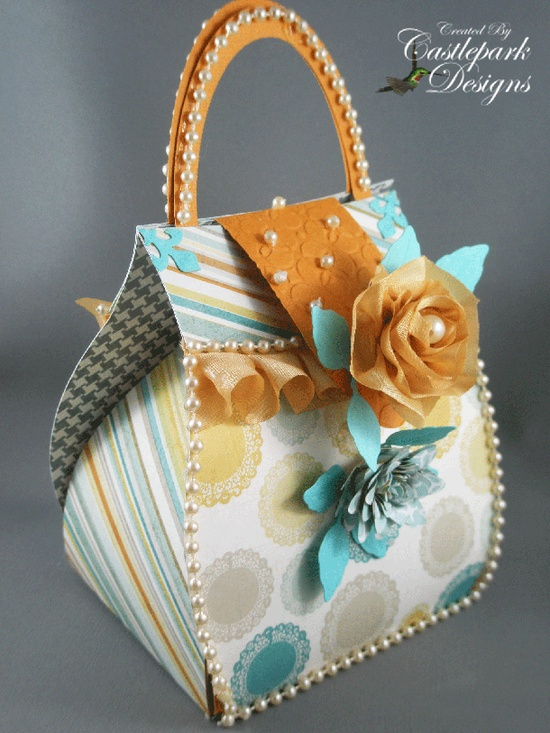 Love the ribbon trim on the purse flap!