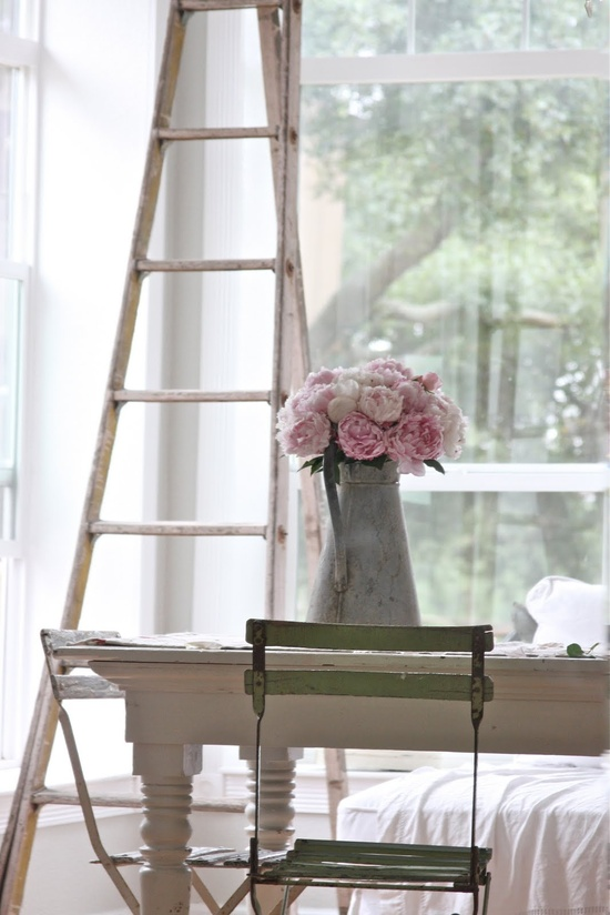 shabby chic simple and dreamy