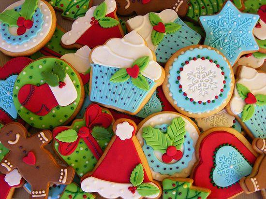 Christmas cookies by bubolinkata, via Flickr